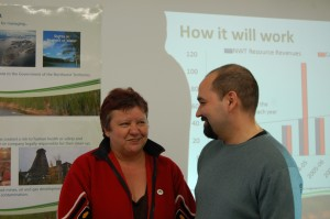 Sarah Ladik/NNSL photo Joanne Barnaby and Martin Goldney, the chief negotiator for the GNWT, discuss some of the ramifications of devolution after a May 9 presentation in Hay River.