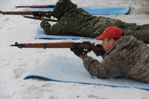 Paul Bickford/NNSL photo Sgt. Anthony Beck, a Canadian Ranger from Hay River, lines up a shot through the snow at the second-annual NWT Hay River Shoot over the weekend.