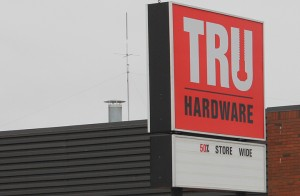 Closed True Value store Town considering for administration space Oct. 18, 2014 Hay River Photo by Paul Bickford Northern News Services Ltd.