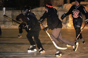 Sarah Ladik/NNSL photo Riis Schaub, left, Brad Belanger, and Zack Horton were some of 20 or so hockey players who braved the cold to get in some ice time last week.
