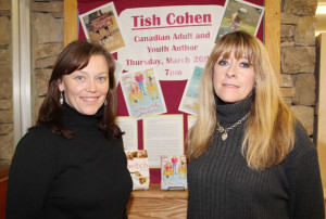 Toronto author visits NWT Centennial Library Derry Desmond, left, program librarian at NWT Centennial Library Tish Cohen, right March 26, 2015 Hay River Photo by Paul Bickford Northern News Services Ltd.