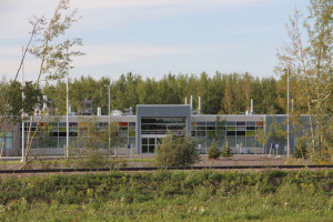 Front entrance section of new Hay River Health Centre. File photo Aug. 30, 2015 Hay River Photo by Paul Bickford Northern News Services Ltd.