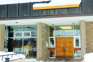 NWT Centennial Library gets annual support from the Town of Hay River, but some town councillors want it to do more fundraising.