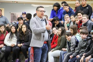 Paul Bickford/NNSL photo Theo Fleury, a retired NHL player, speaks to Hay River high school students on April 27.