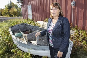 Paul Bickford/NNSL photo Gloria Murdock-Smith, who grew up in poverty in the West Channel, has returned to Hay River after many years away to become the town's senior administrative officer.